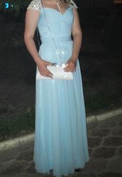 Прелестное вечернее платье для выпускного вечера.